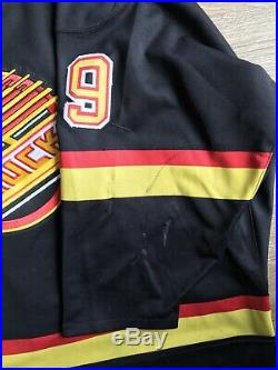 Tim Hunter Game Used Worn Vancouver Canucks Jersey, 25 Yr. Patch
